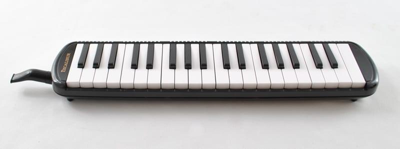 Excalibur 37 Note Pro Artist Series Melodica Black